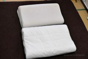 ニトリの800円くらいの低反発枕とIKEAカタログのローレカを比較