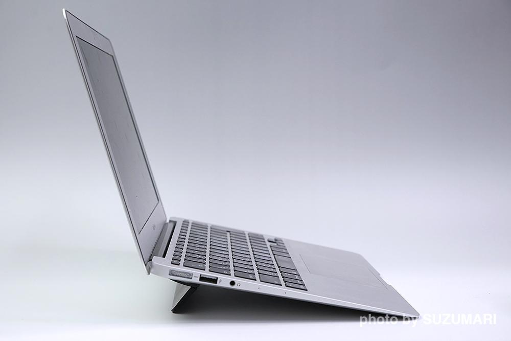 Bluelounge Kickflip MacBook Pro用フリップスタンド 13インチ