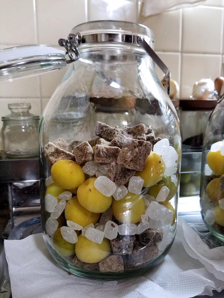 黒砂糖と完熟梅