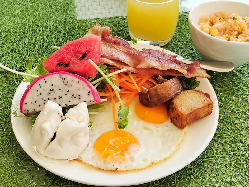 OZOチャウエンサムイの朝食