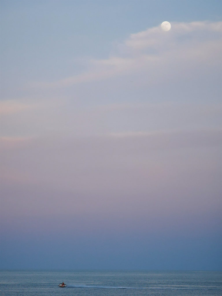 チャウエンビーチの夕暮れ